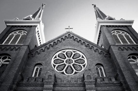 Sacred-Heart-Roman-Catholic-Church-L